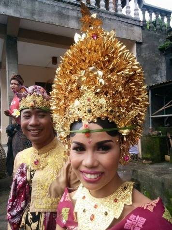 A Balinese couple on their wedding day