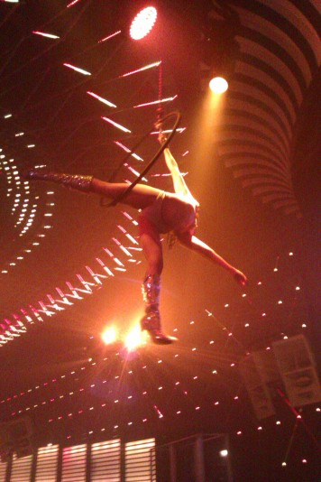 Acrobats at Mansion nightclub Miami